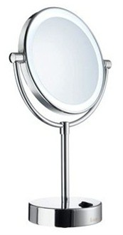 SMEDBO OUTLINE POLISHED CHROME BATHROOM 5x MAGNIFYING ROUND FREE STANDING LED SHAVING/MAKE-UP MIRROR, FK474E